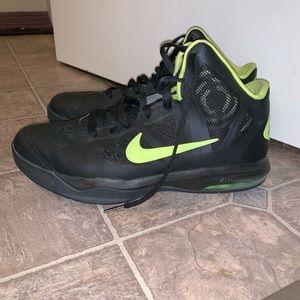 Nike Air Max Hyper Aggressor Basketball Shoes